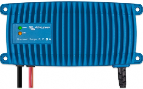 Blue Smart IP67 Charger 12/7 (1)